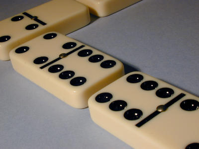line of dominos