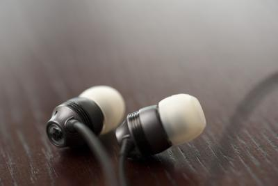 ear bud headphones